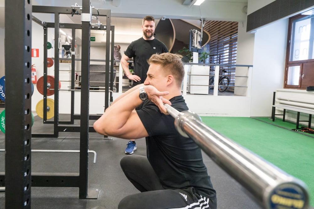 Joni Jaakkola Optimal Performancesta suosittelee Tehdeniä.